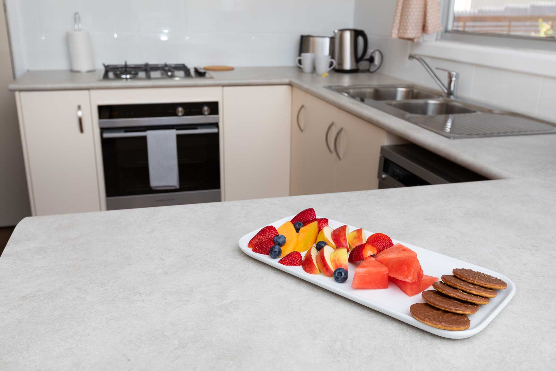 The kitchen is fully equipped just like a family home, to cater for up to 6 people.. - Full size fridge - Dishwasher - Microwave - Gas cooktop - Electric oven