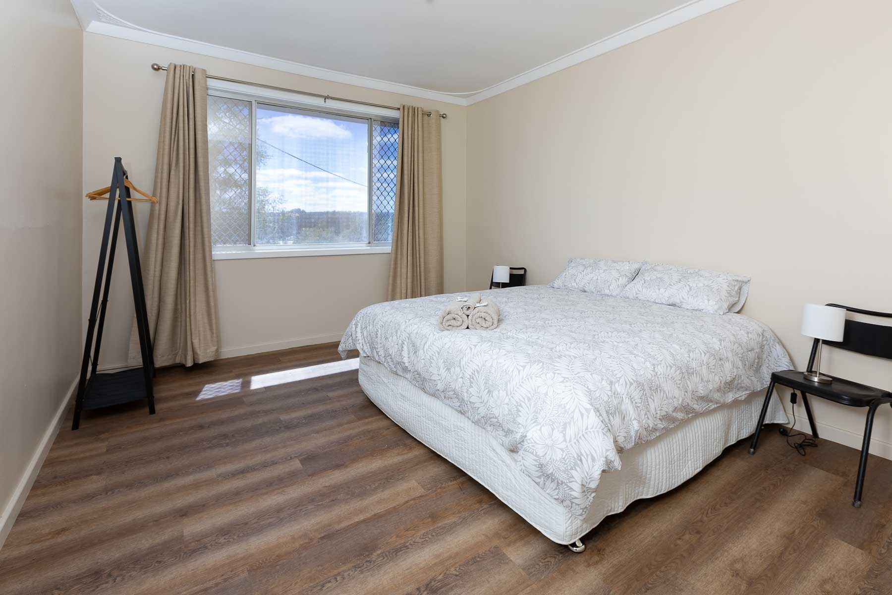 This plush king sized bed can be split into two king singles, providing flexibility to your accommodation.